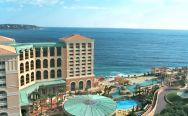 Monte-Carlo Bay Hotel & Resort в Монако.