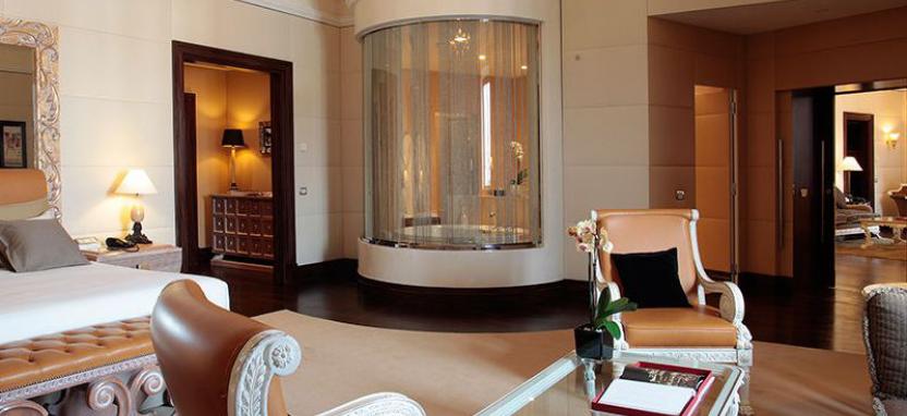 Luxuriose Mobel Von Exedra Wohnzimmergarnitur Im Koniglichen Stil
