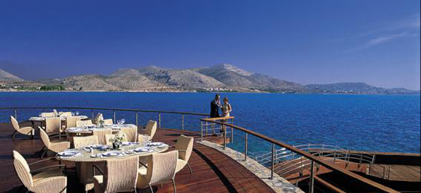 Grand Resort Lagonissi в Аттике.